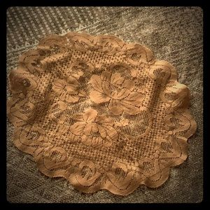 ESTATE ITEM Table Doily 17 by 15 1/2 Pre Owned